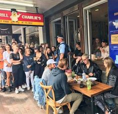 "Justin Bieber may be ""done taking pictures"" with fans, but that didn't stop Beliebers from crowding around the singer and taking photos of him as he ate lunch in Australia. Afterward, fans chased him as he ran to his car from a Chargrill Charlie's restaurant. In a video, Bieber can"