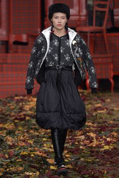 LOOK | 2015-16 FW MILAN COLLECTION | I'M ISOLA MARRAS | COLLECTION | WWD JAPAN.COM