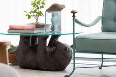 Uma base clara inspirada no estilo escandinavo com detalhes de objetos de família e de viagens: https://www.casadevalentina.com.br/blog/OPEN%20HOUSE%20%7C%20MARINA%20PRADO -------------------------------------  A clear base inspired by the Scandinavian style with details of family objects and travel: https://www.casadevalentina.com.br/blog/OPEN%20HOUSE%20%7C%20MARINA%20PRADO