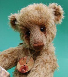 IN LOVE with a bear named Charlie. OOAK Artist Bear Charlie by LyntonTeddyBears on Etsy, £65.00