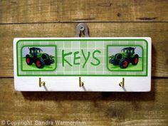 Handmade Key Hook Claas Axion - Handmade Wooden Key Hook