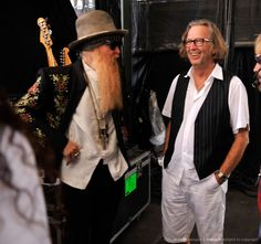 Billy Gibbons (ZZTop) and Eric Clapton, backstage!