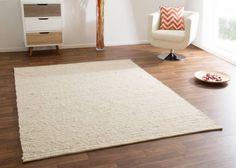 Handmade flat weave carpet made of wool in beige – Carpet 2020 Minimalist Home Furniture, Minimalist Home Interior, Minimalist Bedroom, Bedroom Plants Decor, Bohemian Bedroom Decor, Plant Decor, Living Room Carpet, Rugs In Living Room, Urban Outfitters Home
