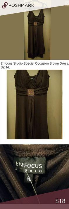 Women's Special Occasion Size 14 Dress NWOT Size 14 Brown Dress. Enfocus Dresses Midi