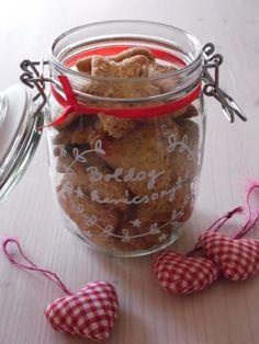 Karácsony diós keksz (linzer)