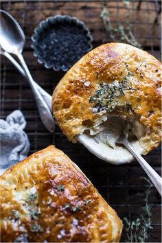 Thanksgiving Leftover Turkey Pot Pie 🥧 Happy Day After Thanksgiving! Use your leftover turkey to make this quick, easy and Thanksgiving Leftover Recipes, Thanksgiving Leftovers, Leftover Turkey, Holiday Recipes, Leftovers Recipes, Turkey Recipes, Half Baked Harvest, Pastry Recipes, Pot Pies