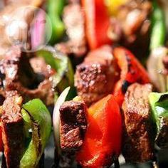 Kabob Marinade This is how I marinade .- Kabob Marinade This is how I marinade all of my chicken now before grilling. I like to pair it with Blackberry Barbecue Sauce. Kabob Marinade This is h - Chicken Kabob Marinade, Beef Marinade, Marinated Steak, Marinated Chicken, Fried Chicken, Shish Kebab, Kebab Meat, Kabob Recipes, Beef Recipes