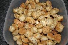 Naminiai kūčiukai, Ingredientai Miltai tešlai - 650 g Miltai kočiojimui - 100 g Cukrus - 10 valg. šaukštai Sviestas - 80 g Aguonos - 5 valg. Lithuanian Recipes, Ants, Deserts, Potatoes, Dishes, Vegetables, Food, Kitchens, Chef Recipes
