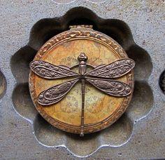 vintage dragonfly case