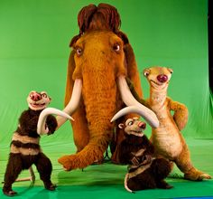 14-09-2012 Utrecht, Perspresentatie ICE AGE LIVE    DVD 195<br /> Perspresentatie van ICE AGE LIVE in de Stage Entertainment Touring Productions Studio. De wolharige mammoet Manny, de luiaard Sid en de tweeling buidelrat broers Crash en Eddie - karakters in de animatiefilm <br /> Foto en copyright: Foto Leo Vogelzang BV