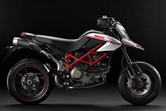 Ducati Hypermotard 1100 EVO Sp | Ducati Hypermotard 1100 Evo SP Yakıt Tüketimi ve Teknik Özellikleri