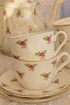 Sweet little roses on delicate china..no info on blog link