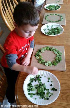 button-christmas-wreath-kids-craft