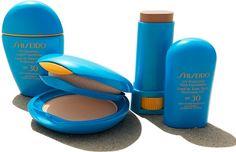 La Shiseido presenta i tre nuovi fondotinta solari, resistenti all'acqua, che proteggono la pelle dagli effetti dannosi del sole, garantendo una bellezza piena e luminosa. http://www.stilemagazine.it/fondotinta-solari-shiseido/