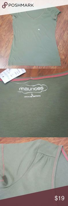 Maurices Olive Green Short Sleeve Shirt Maurices Short Sleeve Shirt Size:  L Olive green   60% Cotton / 40% Polyester  Never worn!  Don't forget to BUNDLE! Maurices Tops Tees - Short Sleeve