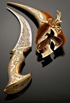 """The dagger """"Valkyrie"""" will be a successful and original gift to a female leader, businesswoman, independent and freedom-loving friend, colleague, beloved wife. Anime Weapons, Fantasy Weapons, Weapons Guns, Pretty Knives, Cool Knives, Swords And Daggers, Knives And Swords, Knife Aesthetic, Armas Ninja"""
