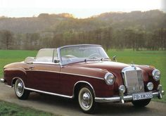 Mercedes 220 - Top down!