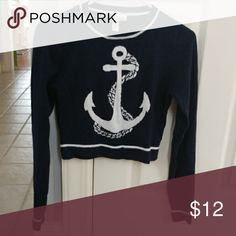Forever 21 Sweater Forever 21 Exclusive Cropped Navy and White Adorable Sweater. Perfect for Spring Forever 21 Sweaters Crew & Scoop Necks