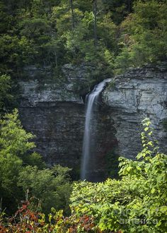 ✮ Kentucky Waterfall
