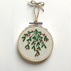 Seven Useful Shade Tolerant Groundcovers For Tough Spots Embroidery Hoop Art Floral Christmas Holly Mistletoe Learn Embroidery, Hand Embroidery Stitches, Embroidery Hoop Art, Hand Embroidery Designs, Ribbon Embroidery, Cross Stitch Embroidery, Etsy Embroidery, Hungarian Embroidery, Embroidery Sampler
