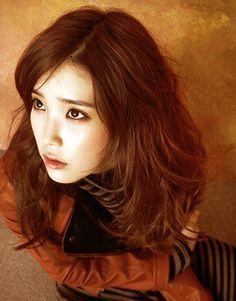 Listen to music from IU like eight(Prod. Find the latest tracks, albums, and images from IU. Her Music, Debut Album, Korean Singer, Beauty Women, No Worries, Short Hair Styles, Beautiful Women, Clouds, Actresses