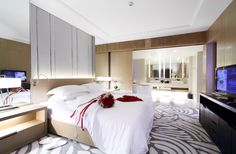 Honeymoon Premium Suite at Centara Grand at Central Plaza Ladprao Bangkok Hotel Bangkok Thailand