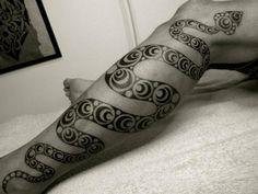 tattoo-leg-tribal-snake.jpg (728×546)