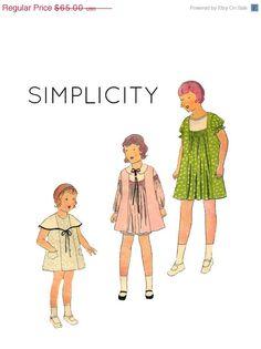 CADUTA vendita Vintage anni trenta semplicità 3056 ragazze raccolte vestito Caplelet & Bloomers cucire modello dimensione 8 seno 26 di PinkPolkaDotButton su Etsy https://www.etsy.com/it/listing/180658184/caduta-vendita-vintage-anni-trenta