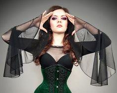 Netz Bluse riesige Ärmel Goth Vampir Spitzen gotischen schwarz von PaperCatsPL auf Etsy https://www.etsy.com/de/listing/202991011/netz-bluse-riesige-armel-goth-vampir