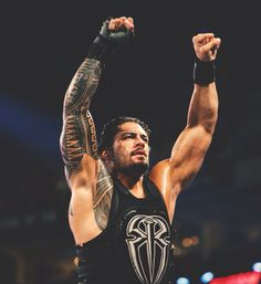 Roman Reigns - WWE Photo in-ring): A beautiful, officially licensed WWE photograph. Support your favorite WWE Superstar or Diva with this fantastic photo! Wwe Roman Reigns, Wwe Superstar Roman Reigns, First Spear, Roman Regins, Wrestling Superstars, Wwe World, Dean Ambrose, Wwe Photos, Roman Empire