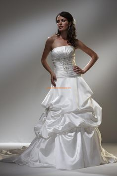 Robe de mariée bustier robe froncée