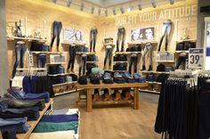 Woman Jeans Collection @ TIFFOSI Megastore C.C. Colombo #tiffosicolombo #tiffosi #tiffosidenim #tiffosikids #jeanscollection #jeans #denim