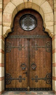 i want this door and probably the house to go with it!