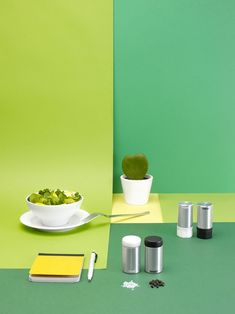 SIGG lunch boxes, food containers and accessories by ECAL students