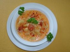 Falusi káposztaleves - Mindmegette.hu - #leves #káposzta #soup #falusi Vegetarian Cabbage, Goulash, Cabbage Soup, Hummus, Stew, Breakfast, Ethnic Recipes, Food, Rustic