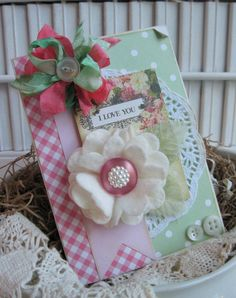 Beautiful shabby chic tag