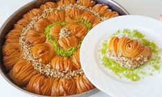 kolay-baklava-tarifi-pratik-serbetli-tatli Iftar, The Creator, Sweets, Ethnic Recipes, Desserts, Food, Olay, Youtube, Pie