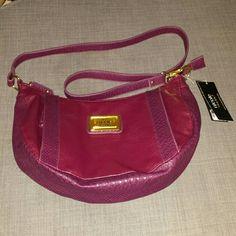 Nwt ! ! !  Nicole miller purse Nwt! ! ! I  nicole miller purse. Really cute! !!! Nicole Miller Bags Shoulder Bags