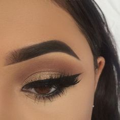 Dramatic eye makeup idea - lash factory