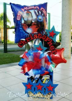 """Detalles globos y chocolates"" Balloon Decorations Party, Balloon Centerpieces, Party Themes, 7th Birthday Party Ideas, Happy Birthday Gifts, 5th Birthday, Gift Bouquet, Candy Bouquet, Balloon Flowers"