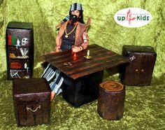 Tisch und Stühle für Piraten Räuber und Ritter OOAK von up4kids