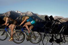 https://flic.kr/p/zFZFds | Cycling, womens power | Diese dünnen Kerle hängen wir doch schnell ab. Gib Gas Emma!