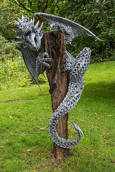 Alan Williams Metal Artist - Nidhogg the Dragon Metal Tree Wall Art, Scrap Metal Art, Metal Artwork, Welding Art Projects, Metal Art Projects, Blacksmith Projects, Art En Acier, Metal Art Sculpture, Art Sculptures