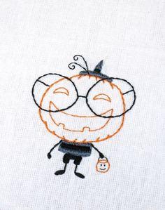Smiling pumpkin embroudery