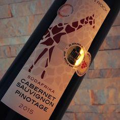 """Mal wieder ein Volltreffer mit 5 Billys: Der Rotwein von Aldi - African Rock Selection Cabernet Sauvignon Pinotage 2015"""" ist ein echtes Schnäppchen - 2,49 Euro für jede Menge Spaß im Glas..."""