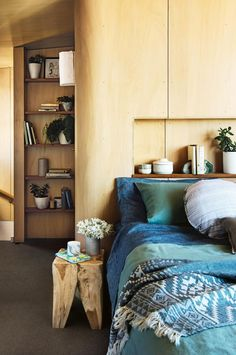 This reverse brick veneer house hides a rich palette of natural materials to create a relaxed coastal haven. For this family, designing their dream beachside home was just the beginning. Modern Bedroom, Master Bedroom, Bedroom Decor, Bedroom Ideas, Bedroom Bed, Mcm House, Bedroom Color Schemes, Australian Homes, Blue Bedding