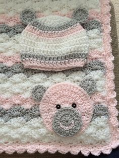 Pink, grey and white bear blanket