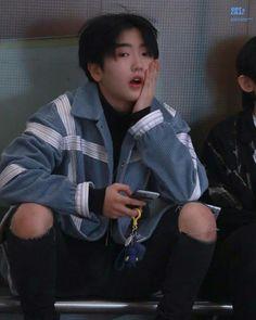 Cute Boys, My Boys, Kpop Guys, Boyfriend Material, Kids Fashion, Boss, Honey Pie, Life, Wallpaper