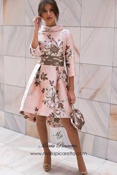 Moda vestidos fiesta cortos New Ideas Lovely Dresses, Elegant Dresses, Beautiful Outfits, The Dress, Dress Skirt, Jw Mode, Outfit Chic, Dress Outfits, Fashion Dresses