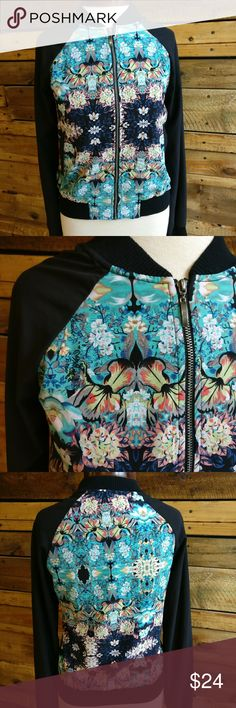 Xhilaration Floral Spring Baseball Cut Jacket Xhilaration by Target Floral spring baseball cut zip-up jacket  Super cute and light windbreaker  Worn once, perfect condition  90% polyester/ 10% spandex Xhilaration Jackets & Coats
